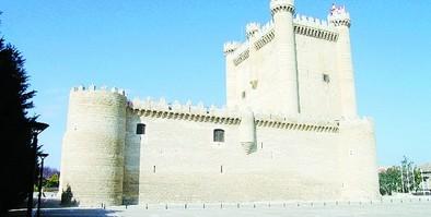 Una visita 'de miedo' al Castillo de Fuensaldaña