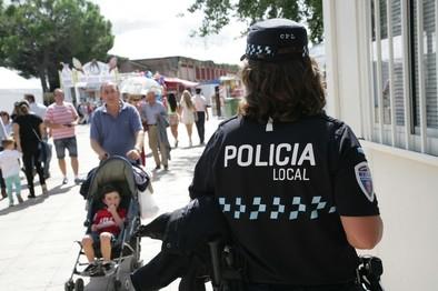 La Policía Local se incauta de 600 objetos falsificados
