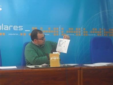 Ortega califica de «ambiguas» las explicaciones de Ruiz Santos