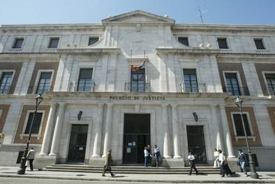 La Audiencia de Valladolid desestima la petición de Puente para que Samaniego ingrese en prisión