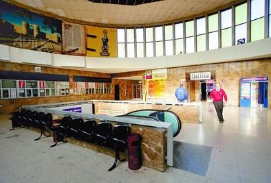 La Junta ya «trabaja» para poner la vieja estación a disposición municipal