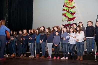 Voces escolares que  suenan a Navidad