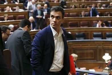 El PP censura a Sánchez por romper el consenso constitucional de 2011