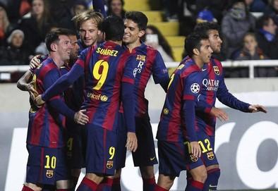 Messi engrandece su leyenda
