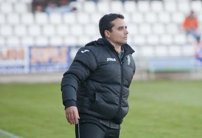Fran Cano: «Nos ha faltado tener un poco más el balón y llegar arriba con más claridad»