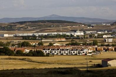 La Junta busca una segunda vía para regularizar unas 50.000 viviendas construidas hace décadas