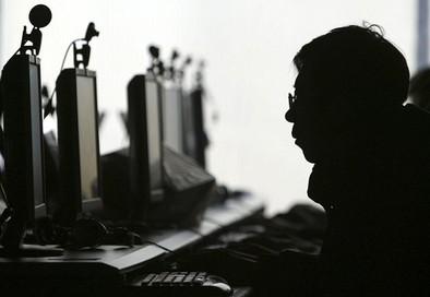Larcama alerta de la adicción de los jóvenes a los juegos on-line