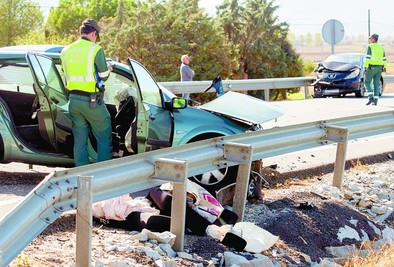Tres heridos en un accidente ocurrido en el término de La Serrada