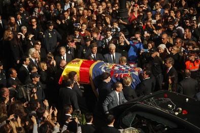 Sevilla se rinde a su duquesa