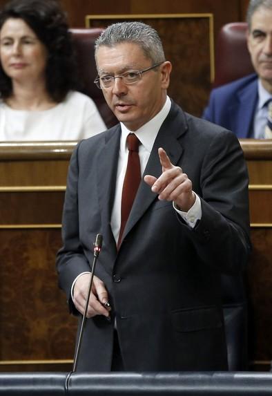 Ruiz-Gallardón dimite tras la retirada de la Ley del aborto