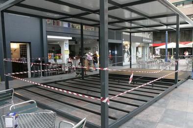 Urbanismo deniega la licencia de una terraza cubierta en la Trinidad