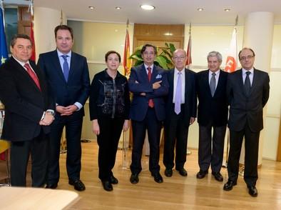 Creada la Comisión Gestora que unificará el Colegio de Economistas y el de Titulados Mercantiles
