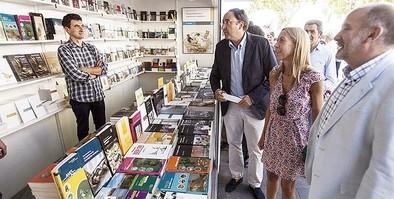 Un 'Salón' lleno de libros