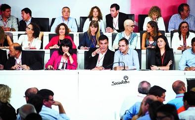 Sánchez advierte de una unión entre el PP y el populismo contra el PSOE