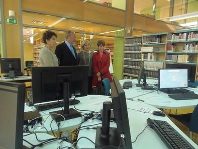 El Ayuntamiento renueva los equipos de acceso a internet en sus bibliotecas