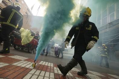 Los bomberos piden a CCOO que deje de «acosar»  a los trabajadores