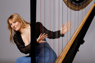 La gran arpista Floraleda Sacchi actúa en el Auditorio