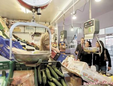 El Ayuntamiento sacará a concurso nuevos puestos en el Mercado de Abastos