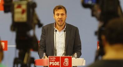 Puente: «El alcalde ha perdido el norte, el sur, el este y el oeste»