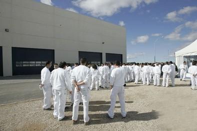 La plantilla de Vestas celebra las más de cien contrataciones pero alerta de su temporalidad