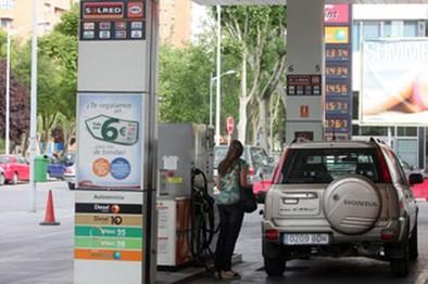 Exigen a Industria que controle que las gasolineras tengan siempre personal