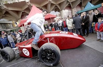 Una fiesta para hacer popular el monoplaza de Fórmula Student