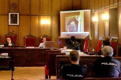 El fiscal concluye que el procesado mató a los dos dominicanos sin testigos