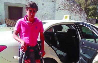 Una lesión obliga a 'El Quijote de Ávila' a aparcar su reivindicativo viaje a Italia