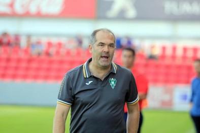 Visnjic dice que tomarán riesgos ante el Atlético B