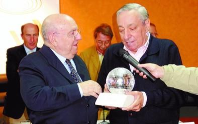 Fernando García de La Vega recibió el Premio Viva en el MAST