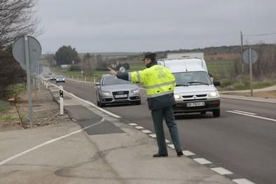 Los conductores pagan 17.000 euros al día en multas de tráfico