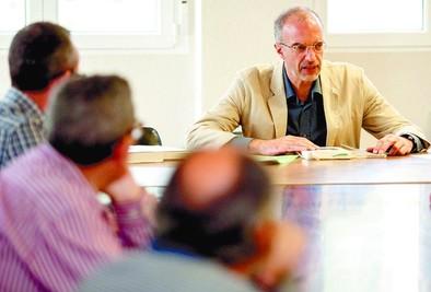 De las Rivas abrió su Laboratorio de Narrativa General en la USAL