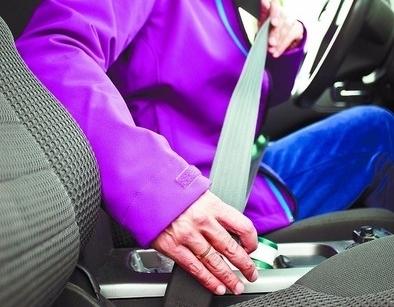La concienciación sobre el uso del cinturón reduce las multas al mínimo
