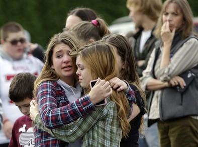 Dos estudiantes fallecen en un tiroteo en un instituto de Seattle