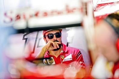 Don Juan Carlos revela que Alonso correrá en McLaren