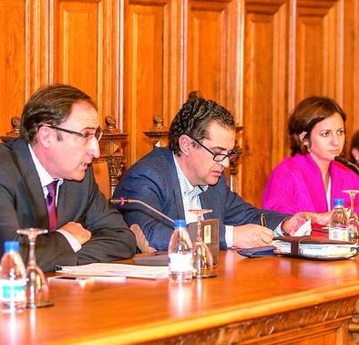 Polanco pide «pasar página» porque Palencia cumple la 'Memoria Histórica'