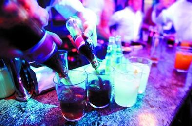 La crisis agrava el alcoholismo y su reincidencia entre los parados