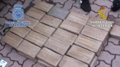 Detenidos once miembros de una banda de narcotraficantes con un alijo de cien kilos de cocaína
