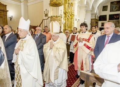 El ministro del Interior, convencido de la visita del Papa a Ávila