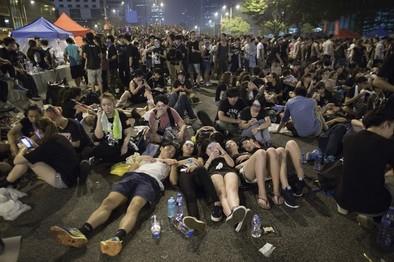 Hong Kong mantiene el pulso