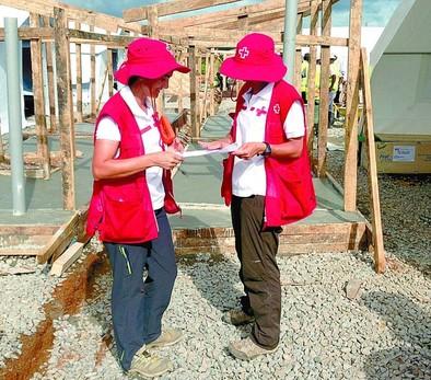 Cruz Roja pide fondos para seguir su lucha contra el ébola