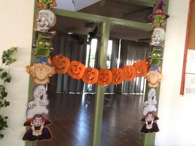 El 'Vegarredonda' fomenta talleres en lengua inglesa con sus alumnos para festejar 'Halloween'