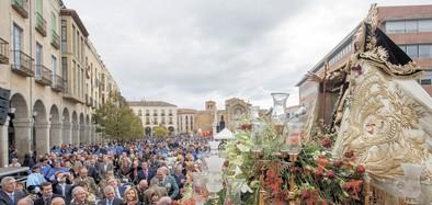 Una multitudinaria misa abre un año muy especial para Ávila