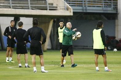 Luis César: «Debo intentar ganar con los futbolistas que tengo»