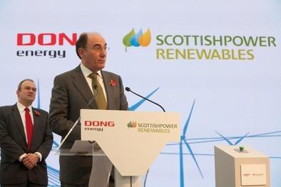 Iberdrola inaugura en el Reino Unido su primera instalación eólica marina
