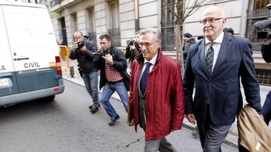 Molina: «No he adoptado un acuerdo ilegal ni cobrado comisión en mi vida»