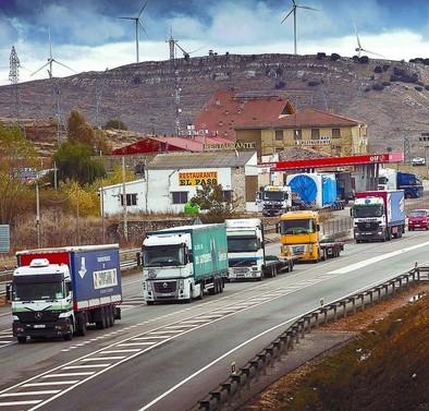 Fomento promete «desviar» desde la N-I gran número de camiones a la AP-1