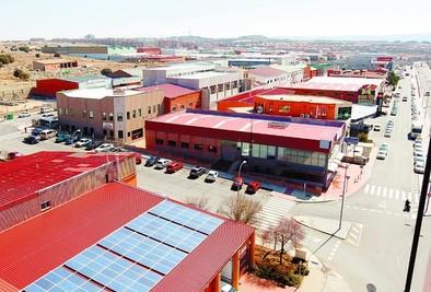El Ayuntamiento prepara una ordenanza para captar nuevas empresas