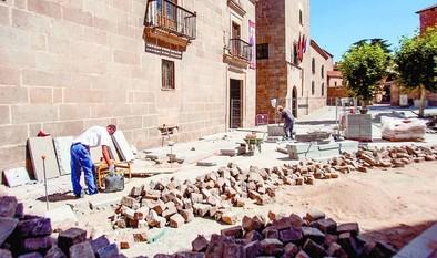 Las obras de la plaza de la Diputación se mantienen en los plazos establecidos