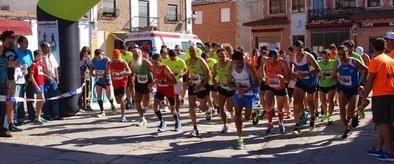 Borja Hernaz revalida el triunfo en la II Carrera Popular Albornos se mueve